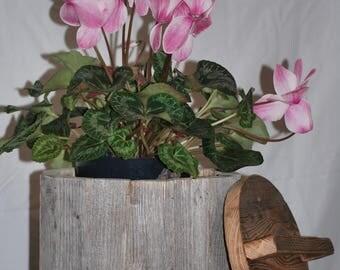 Antique wood barn/wood reclaimed/barn wood box