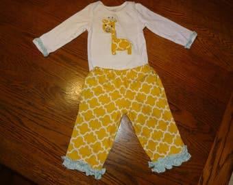 Little Giraffe Baby Outfit