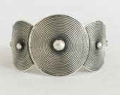Miao,circles,silver,bracelet,silver,ethnic and fair trade, vintage jewelry, Design bracelet unisex. Tribal style.