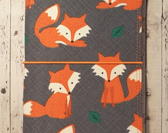 Wilddori 'Orange Fox' Travelers Notebook Journal with Orange Lining and Elastic, Midori Style Fauxdori, Insert Included.