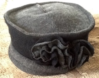 Gorgeous black cashmere and grey wool hat , stylish and warm.  Handmade !