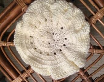 Cream beret crocheted hat