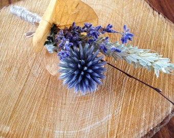 Groom/Gents thistle buttonhole