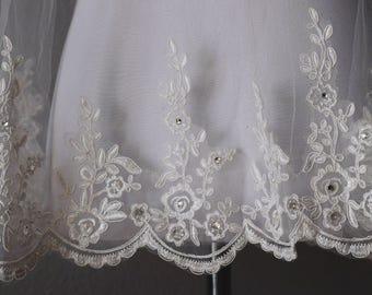 Bridal Floral Veil--Off White Floral Veil--Bridal Veil--Handmade Veil--Floral Crystal Veil--Floral Crystal--Lace Applique, Free Shipping!