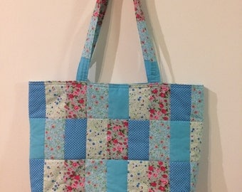 Quilted blue beach bag