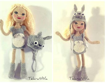 "Doll girl dressed Totoro, (""My Neighbor Totoro"", film) custom, articulated, custom-made. Woven by hand in crochet."