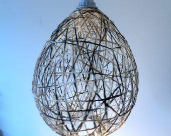Hanglamp van gerecyclede garens