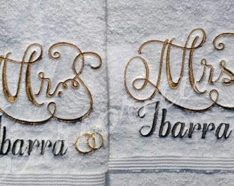 Personalized embroidery Mr and Mrs hand towels with name -gift-wedding