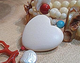 Pearl coral bracelet wood