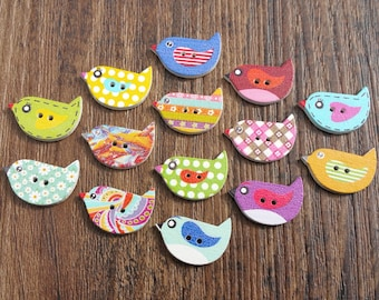 Wood bird buttons - lot of 14 pc - 23x13mm - decorative buttons painted - 1 of each pattern shown