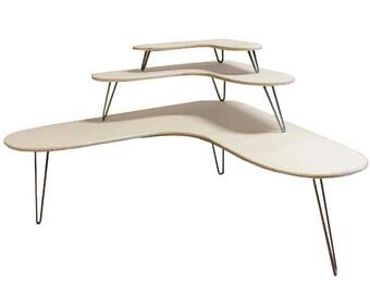 Boomerang Tables