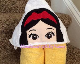 Apple Princess Hooded Towel