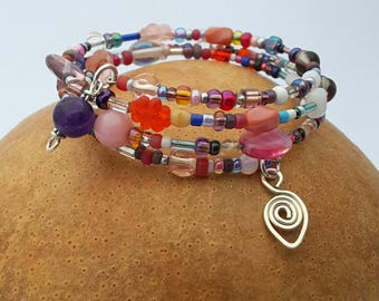 Purples and Reds Beaded Memory Wire Bracelet with charms