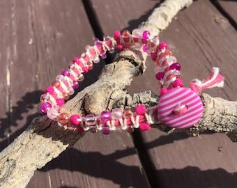 Bracelet, macrame, beaded