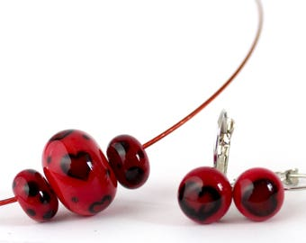 Red and black lampwork beads necklace and earrings set - Murano glass jewelry