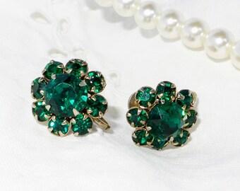 Vintage Emerald Green Rhinestone Screw Back Earrings