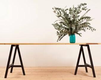 RECLAIMED TRANGLE dinning table