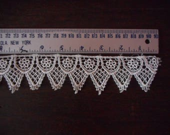 Vintage Embrodery style Trim, Off White