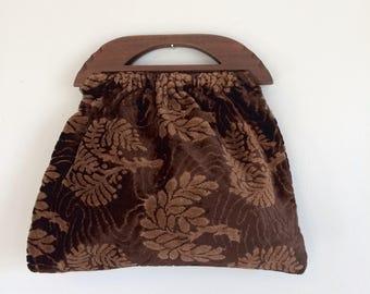 Wood Handled Textured Bag