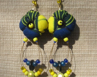 Tissues wax and Indian beads earrings