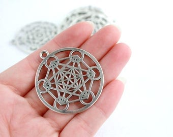 Silver Plated Round Charm Pendant /Silver Charm of 40 mm pack 8 pcs