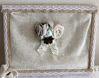 Brooch with jute, linen, lace, sea shells, pearls, anise, Burlap boho brooch, bohemian brooch with fabric roses and waterfresh pearls