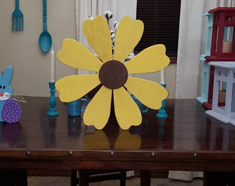 Wood flower decoration