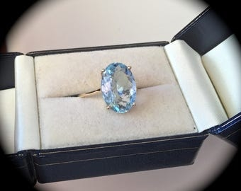 4.25ct Aquamarine 9ct Gold Ring - 'Certified'  Huge Rock!