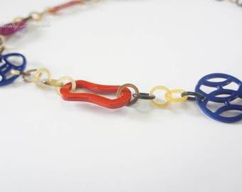Charming genuine horn and lacquer necklace - collier en corne corne de buffle