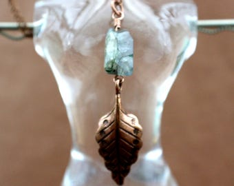 Labradorite and Copper Leaf Pendant