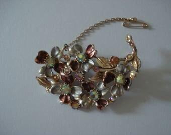 Vintage Floral Crystal Goldtone Brooch