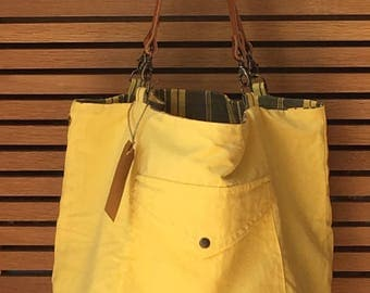 Tote Reverso, creating craft up-cycled, made in France, lemon-coloured
