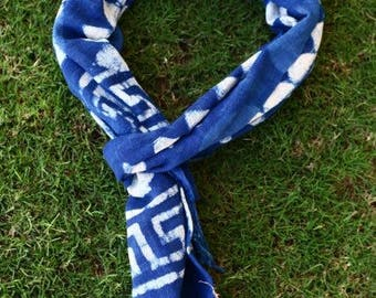 Handloom fabric natural indigo scarf.