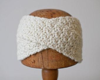 SIGNE HEADBAND | modern chunky crochet earwarmer