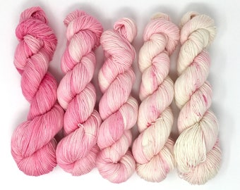Made to Order* Pretty Lady Fade Kit Fingering/Sock weight. Superwash Merino Wool/Nylon. Speckled yarn. Hand dyed yarn.