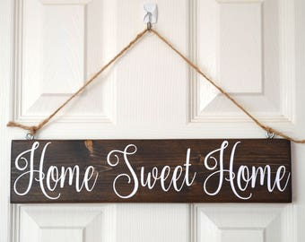 """Wooden """"Home Sweet Home"""" Sign"""