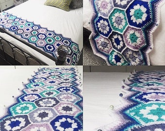Crocheted granny square / hexagon throw