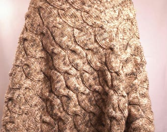 Poncho-Beret-wife - knitted by hand in France - colour mottled Brown - one size - twist _ acrylic winged