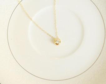 Round Cubic Zircon Gold Pendant Necklace