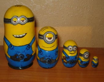 Set of 5pc hand painted wooden russian matryoshka nesting dolls MINIONS