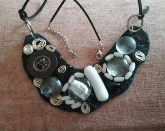 Black & White Big Necklace