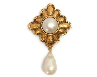 Chanel Vintage Gold Brooch with Pearl Drop