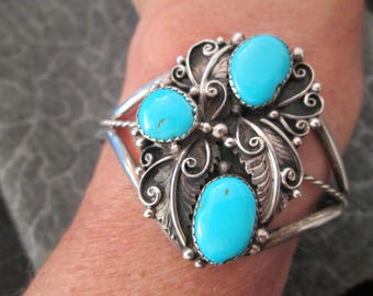 SALE>> Magnificent Navajo SLEEPING BEAUTY Turquoise & Sterling Silver Bracelet> Closed Mine> Old Pawn> Vintage 1970> excellent condition!