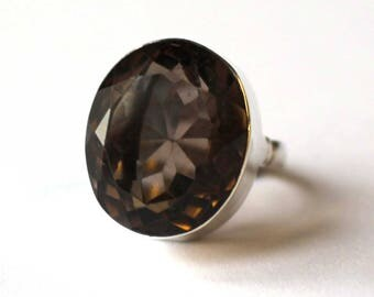 Oval Smokey Quartz ring (Small)