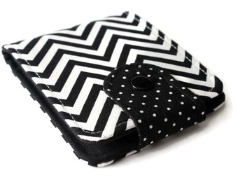 Womens BiFold Wallet / Thin Minimalist BillFold / Black and White Cotton Zig Zag