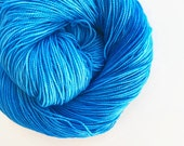 cerulean blue / hand dyed yarn / fingering sock dk bulky yarn / super wash merino wool yarn / single or ply/ choose base / medium blue yarn