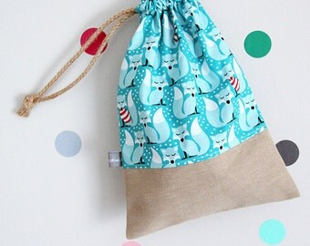 Drawstring pouch - cuddly toy bag - kids - foxes - snow - turquoise - red - winter - kindergarden - slippers bag - toys bag - toddler gift