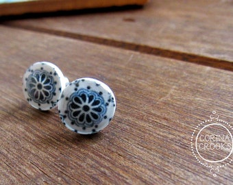 Post Earrings, Mexican Talavera ceramic tile design, Latin art jewelry, Dark blue and off white post earrings, Flower earrings