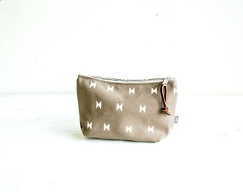 Cosmetic Bag-La Luz print