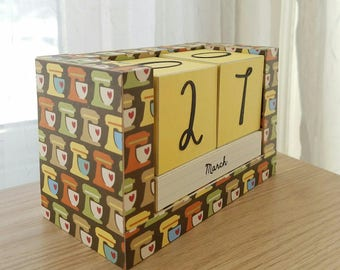 Perpetual Wooden Block Calendar - Country Kitchen Stand Mixer